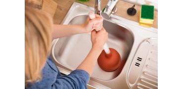 8 способов избавления от мусорной пробки в раковине