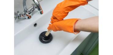 Что выбрать для прочистки труб: трос, вантуз или крот